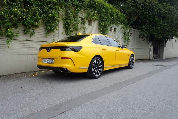 vinfast-lux-a-yellow-vinfastdanang.net